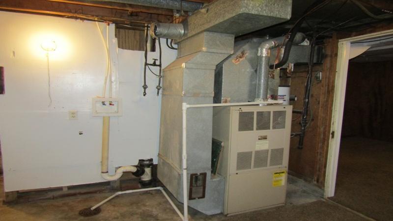 furnace/washer,dryer hookups/water heater